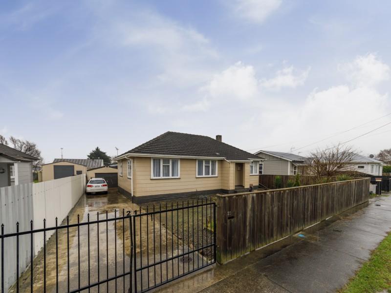 21 Carlisle Street, Milson, Palmerston North - NZL (photo 2)