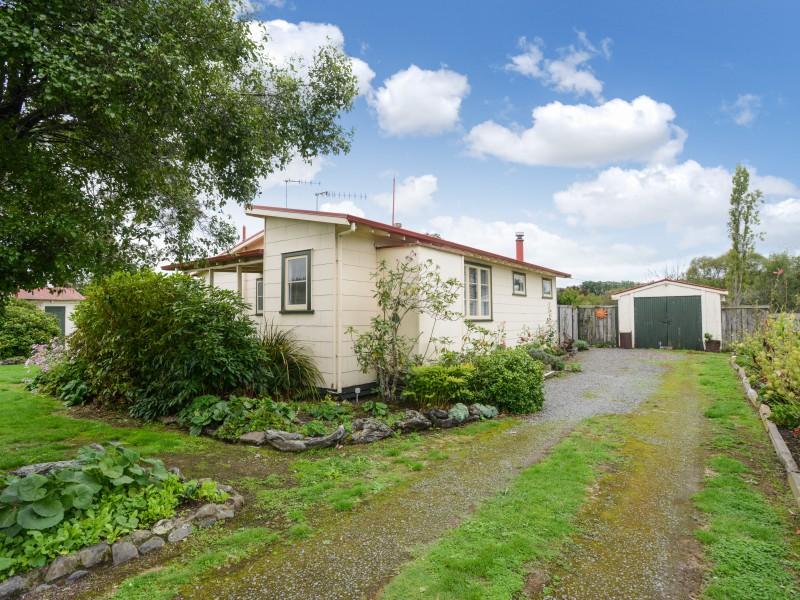 12 Lindsay Road, Waipukurau, Central Hawkes Bay - NZL (photo 2)