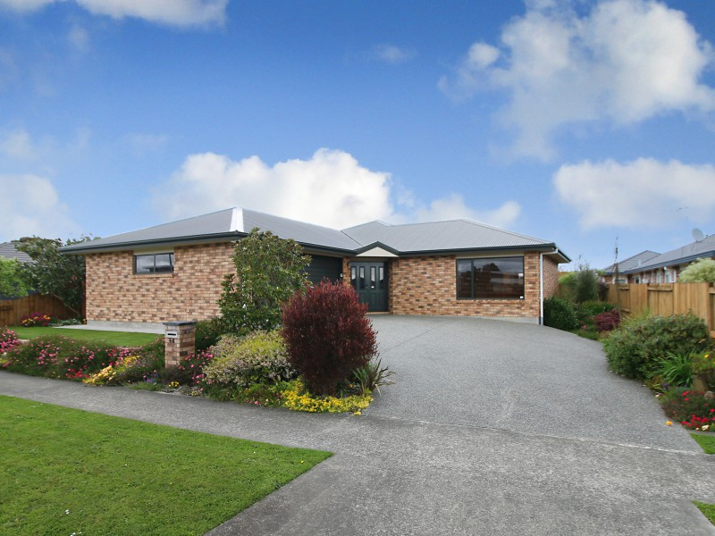 46 Peter Hall Drive, Kelvin Grove, Palmerston North - NZL (photo 1)