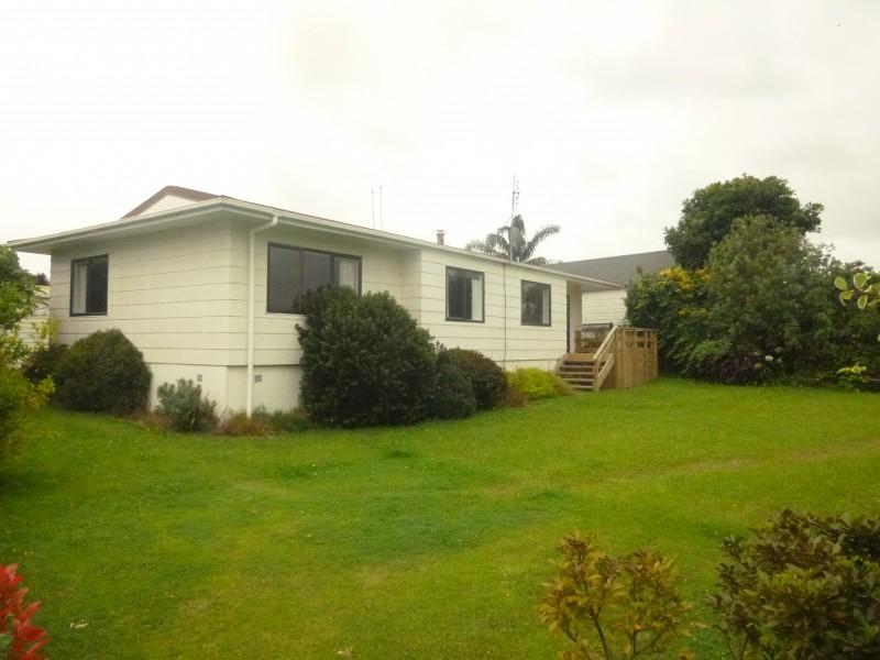 25 Hillcrest Street, Tirau, South Waikato - NZL (photo 2)