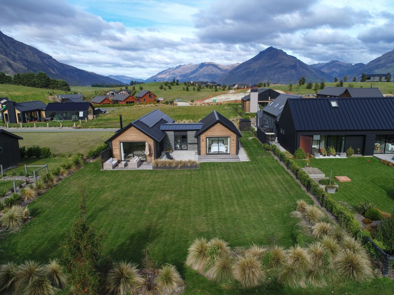 Featured Queenstown Real Estate 36
