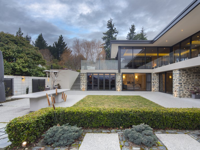 Featured Queenstown Real Estate 39