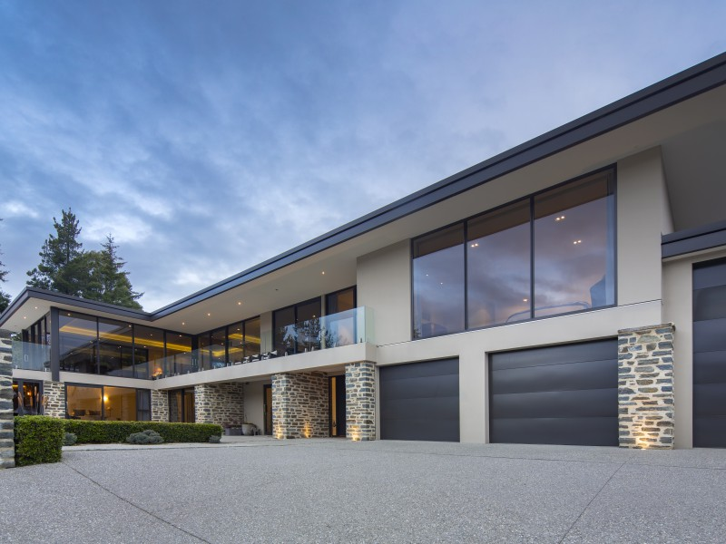 Featured Queenstown Real Estate 31