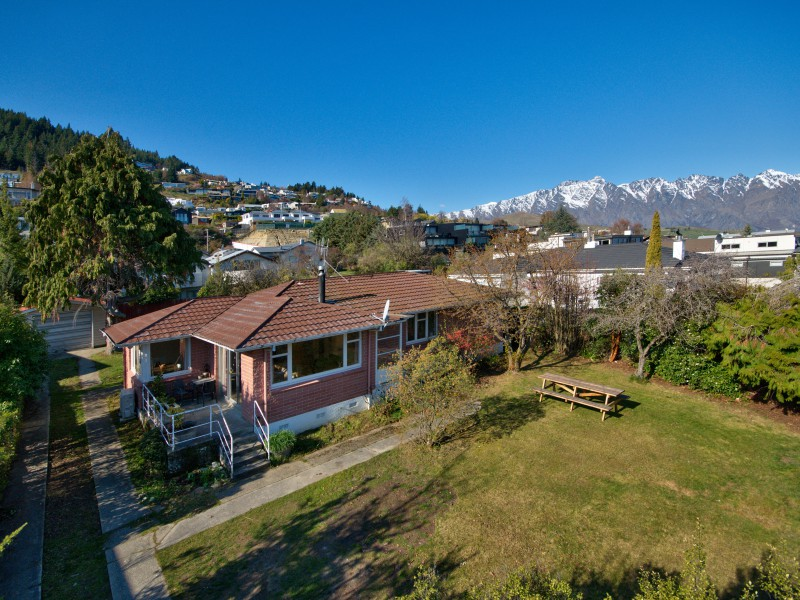 Featured Queenstown Real Estate 35