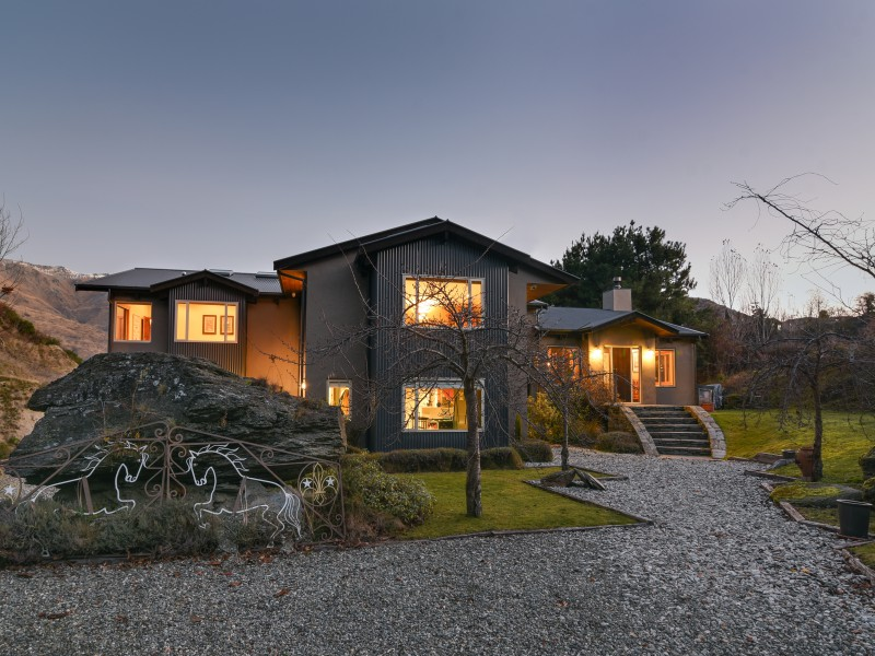 Featured Queenstown Real Estate 13