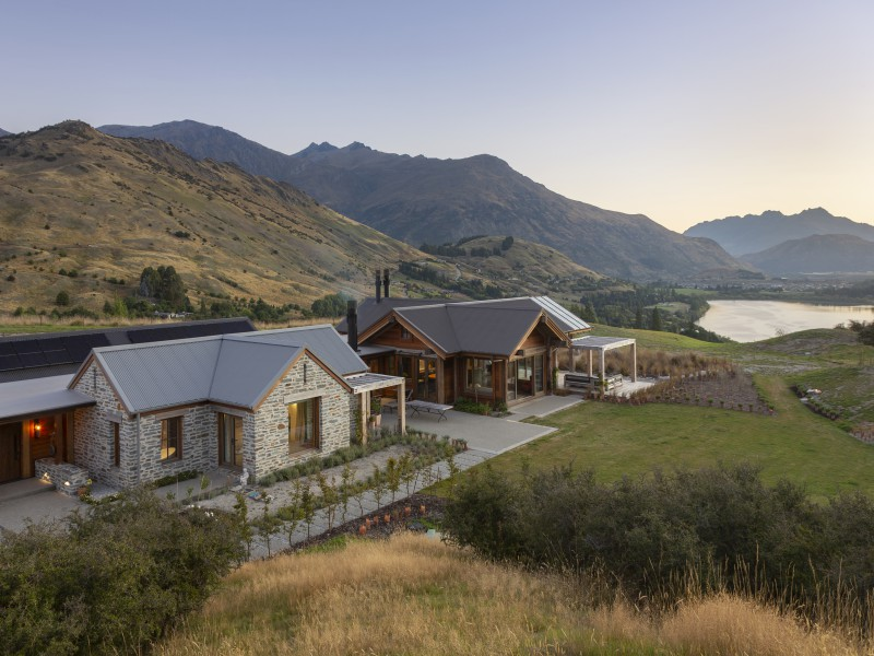 Featured Queenstown Real Estate 9