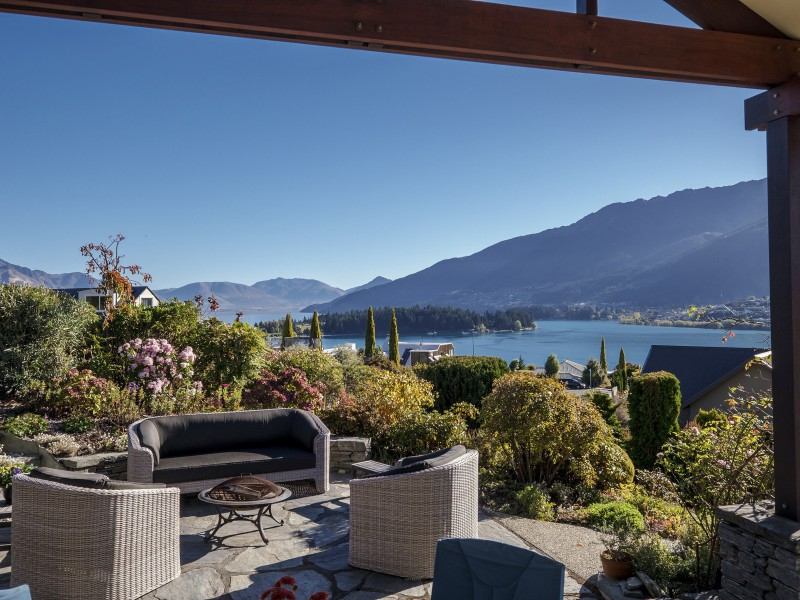 Featured Queenstown Real Estate 11