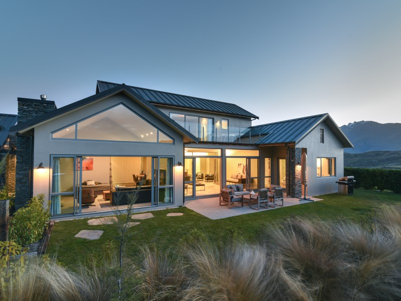 Featured Queenstown Real Estate 16