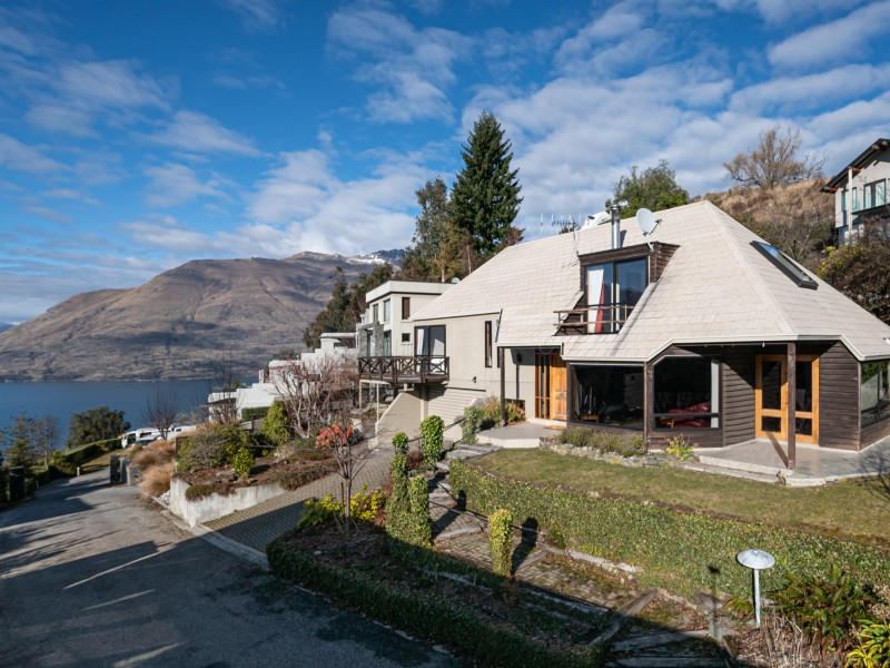 Featured Queenstown Real Estate 19